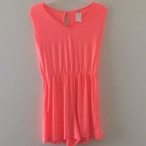🍁 Neon Colored Blouse